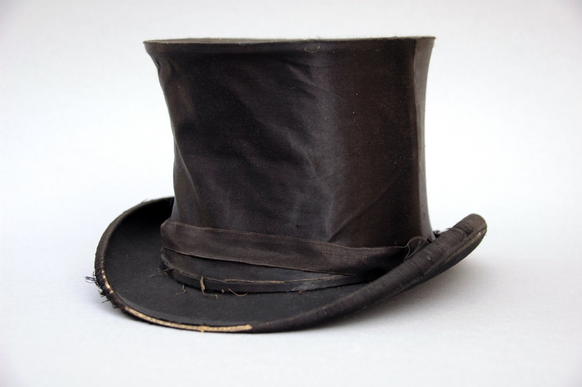 Old-hat.jpg